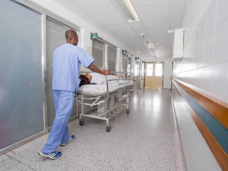 H1N1 GRIPA MEDELLIN INVIERNO ENFERMEDADES RESPIRATORIAS VACUNAS: Detectan H1N1 en 5% de pacientes con enfermedades respiratorias en Medellín