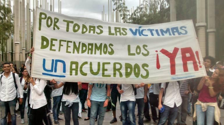 corte constitucional medellín proceso de paz: ONGs en Medellín harán plantón contra la Corte Constitucional