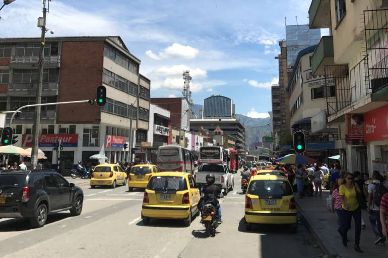 Plan para mejorar la circulación en la calle Colombia