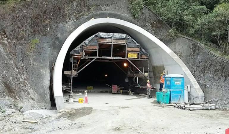 Túnel de La Línea: Sin pago continúan trabajadores de las obras del túnel de La Línea