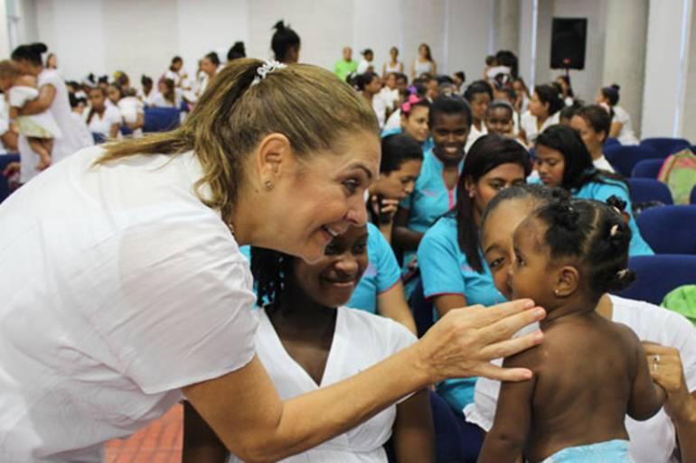 Maternidad Rafael Calvo contará con 39 mujeres inscritas para donación de leche humana