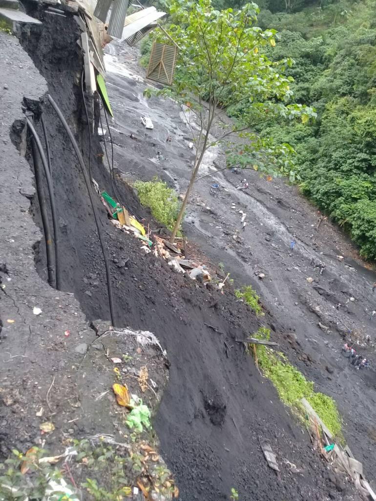 Ocho familias afectadas por un deslizamiento de tierra en Quípama ... - Caracol Radio
