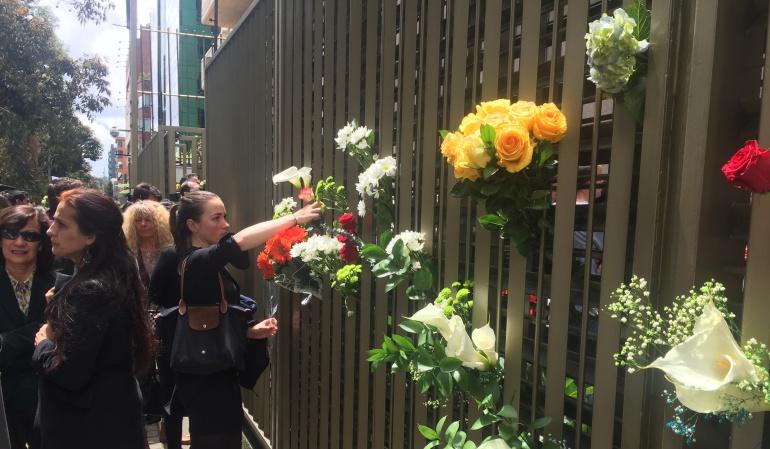 Atentado Andino: Así fue el homenaje en la embajada francesa a víctimas del Andino