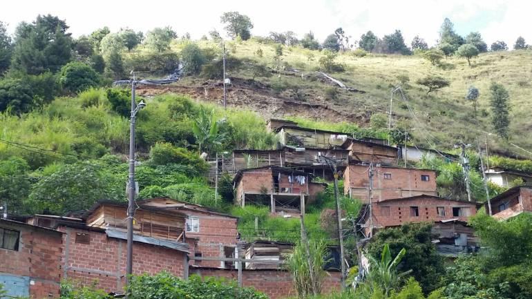 NIÑA MUERTA ARTISTA TEATRO BALA PERDIDA MEDELLÍN: Niña muerta por bala perdida en Medellín era una artista de teatro