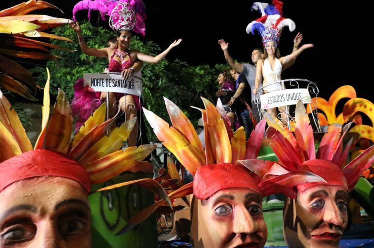 El gran desfile de carrozas, una muestra de alegría ciudadana