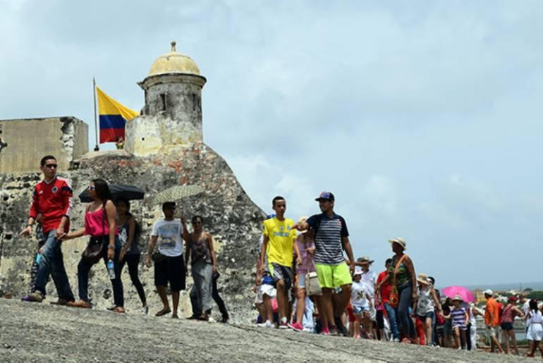 Más de 9.000 colombianos asistieron al Domingo de Entrada Gratis a Fortificaciones de Cartagena: Más de 9.000 colombianos asistieron al Domingo de Entrada Gratis a Fortificaciones de Cartagena