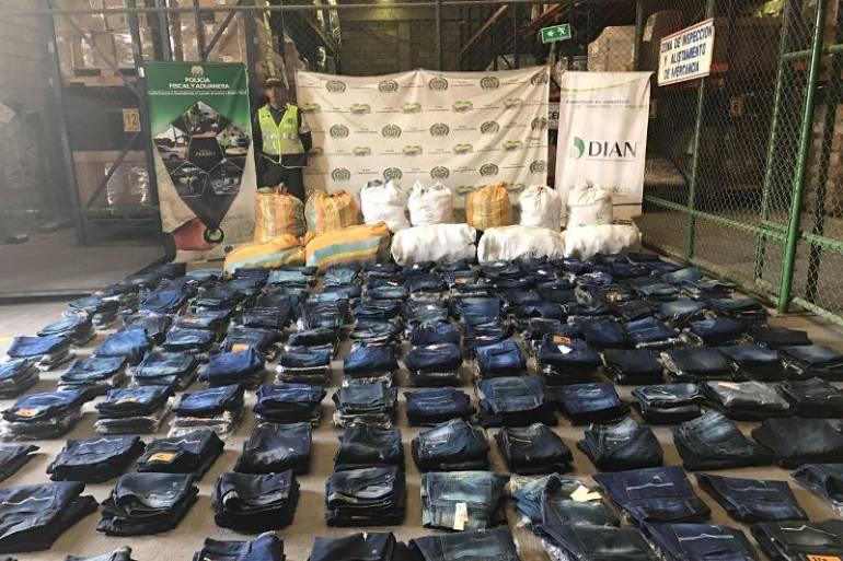 Policía Fiscal y Aduanera incautó mercancía de contrabando en Cartagena: Policía Fiscal y Aduanera incautó mercancía de contrabando en Cartagena
