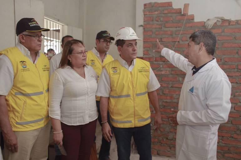 Gobernador de Bolívar inspeccionó obras en Hospital Santa Cruz de Mompox - Caracol Radio