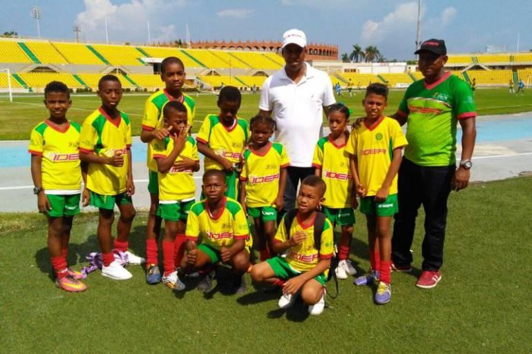 IDER regalará uniformes a niños y niñas de la Escuela de Iniciación y Formación Deportiva