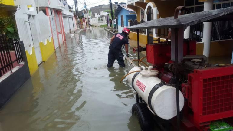 600 familias afectadas por inundaciones en San Andrés
