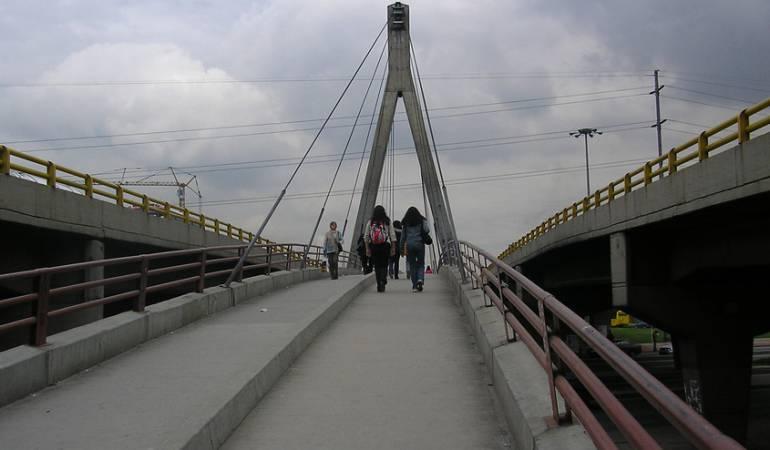 Arreglos puentes peatonales en Bogotá: Anuncian cerca de $50.000 millones para mantenimiento de puentes peatonales en Bogotá