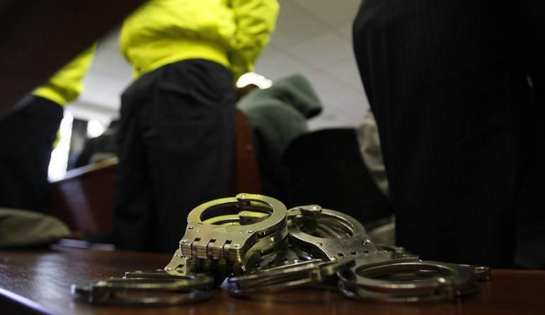 Ladrones se hacían pasar por inspectores de la Sijin en Bogota: Cayeron los 'Inspectores de billeteras' en Bogotá
