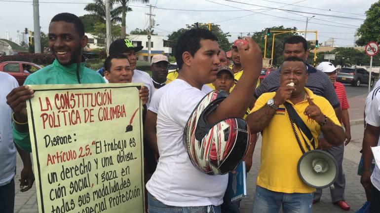 Mototaxistas protestan contra ampliación de restricciones a las motocicletas en Cartagena: Mototaxistas protestan contra ampliación de restricciones a las motocicletas en Cartagena
