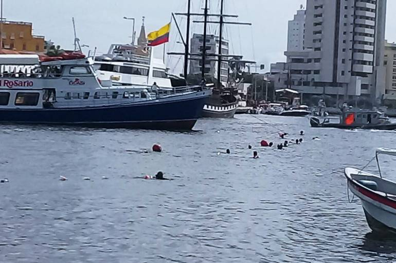 Salvavidas de Cartagena impidieron zarpe de embarcaciones menores: Salvavidas de Cartagena impidieron zarpe de embarcaciones menores