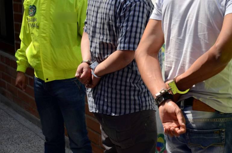 Cayeron dos hombres señalados de extorsionar al secretario de Movilidad de Copacabana