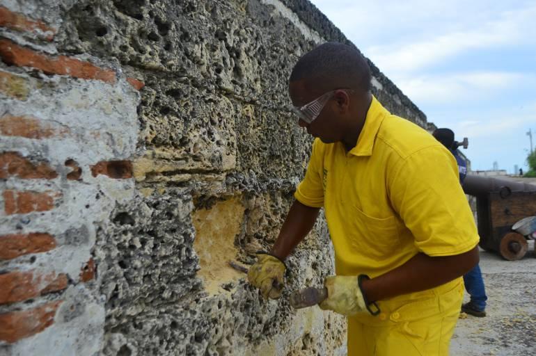 Refuerzan trabajos de conservación en murallas de Getsemaní en Cartagena: Refuerzan trabajos de conservación en murallas de Getsemaní en Cartagena