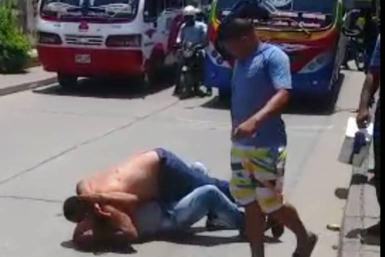 Sancionan a conductores protagonistas de riña en vía pública en Cartagena: Sancionan a conductores protagonistas de riña en vía pública en Cartagena