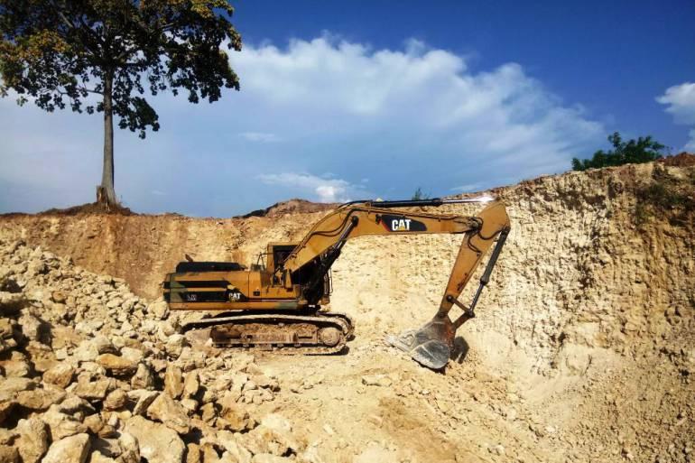 Siete personas capturadas y cinco maquinas incautadas en operativo contra la minería ilegal: Siete personas capturadas y cinco maquinas incautadas en operativo contra la minería ilegal