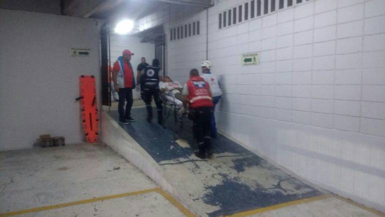 Heridos en el partido Junior-Nacional