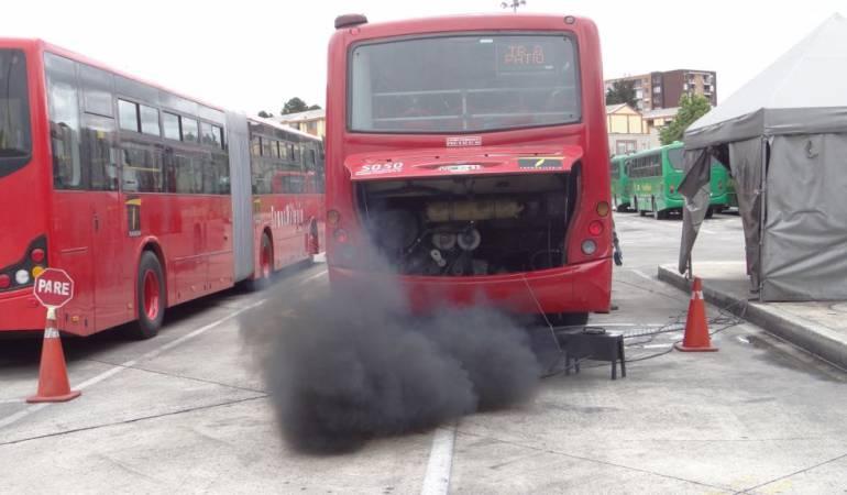 Transmilenio personer a advierte que la mitad de buses de - Chimeneas moviles ...