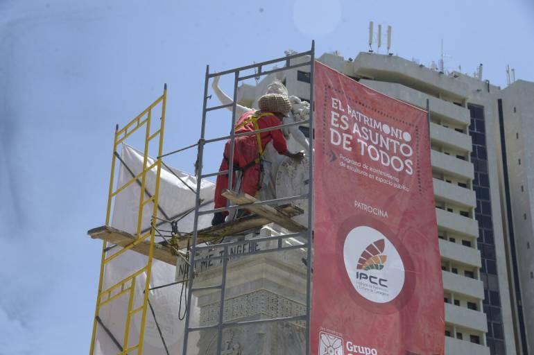 IPCC realiza mantenimiento en Camellón de los Mártires y Parque Centenario de Cartagena: IPCC realiza mantenimiento en Camellón de los Mártires y Parque Centenario de Cartagena
