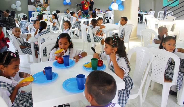 Tocancipá: Gaseosa y comida rápida, los refrigerios escolares que reciben los niños en Tocancipá