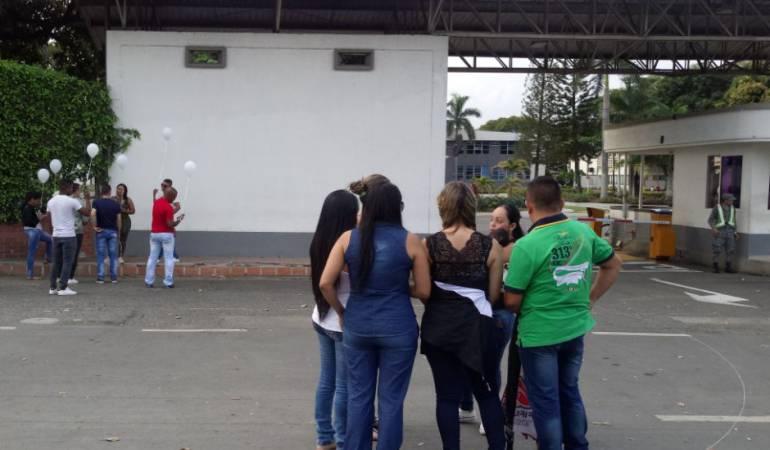 Caso asesinato del primo del senador Ivan cepeda donde está involucrado el subcomandante de la policía de Bogotá: Vuelven a Cali 7 de los 12 uniformados dejados en libertad por juez de Bogotá
