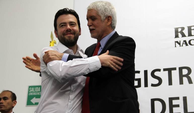 Enrique Peñalosa, junto a Luis Fernando Galán, miembro del partido de Cambio Radical, 2015.