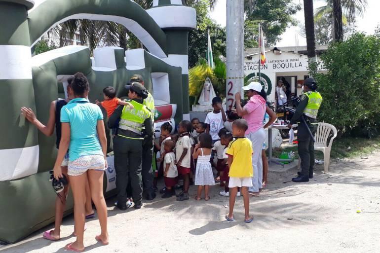 Policía de Cartagena se toma instituciones educativas del corregimiento la Boquilla: Policía de Cartagena se toma instituciones educativas del corregimiento la Boquilla