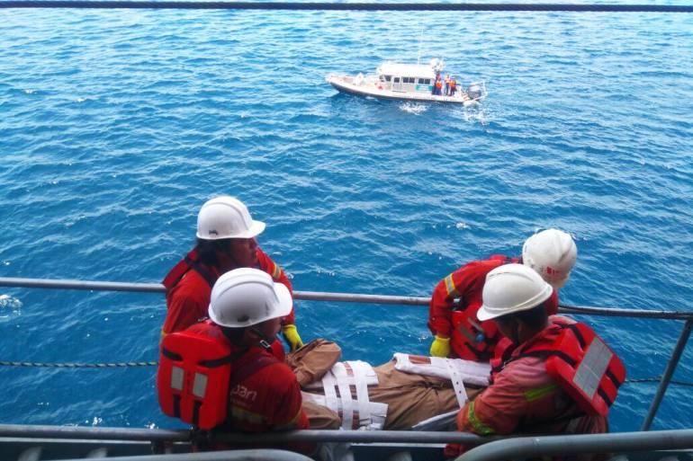 Armada Nacional evacúa heridos de buque mercante cerca a Cartagena: Armada Nacional evacúa heridos de buque mercante cerca a Cartagena