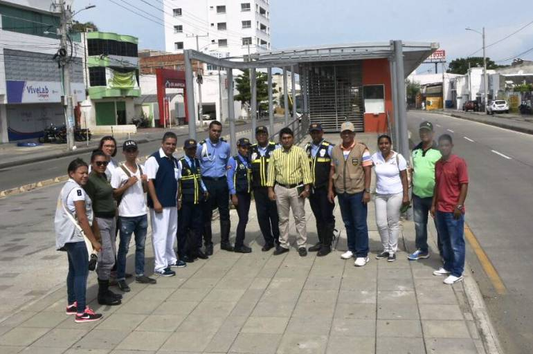 Transcaribe Cartagena adelantó jornada pedagógica en estación del barrio España: Transcaribe Cartagena adelantó jornada pedagógica en estación del barrio España