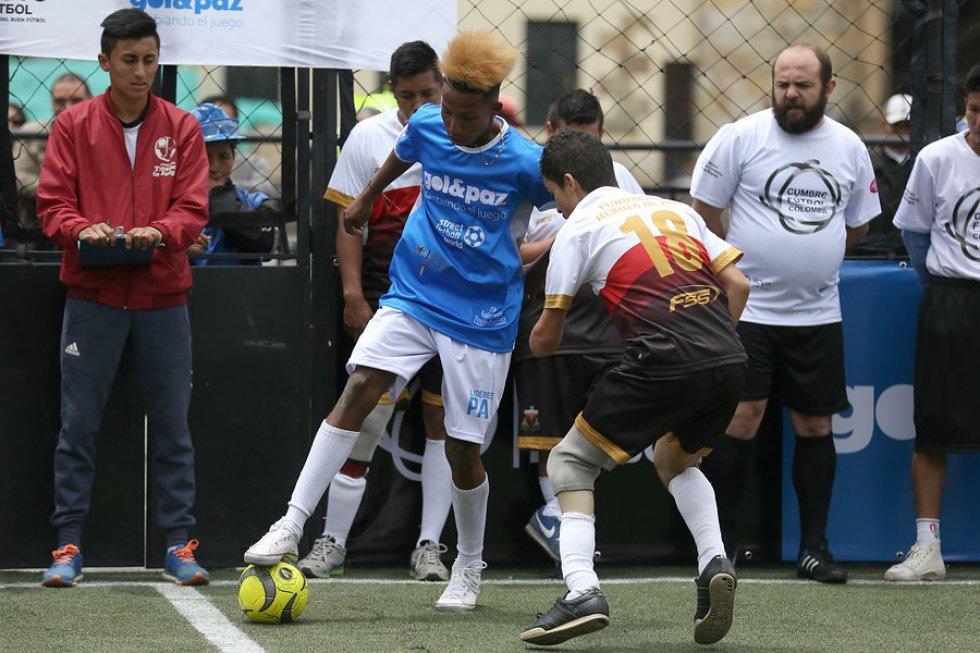 En el evento participaron presidentes de clubes de fútbol como Nacional, Millonarios, Santa Fe, Cali, entre otros.