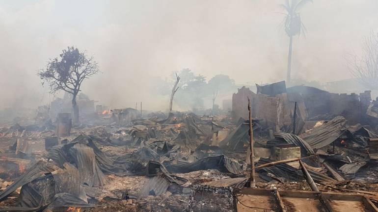 Incendio en el Jarillón de Cali: Dos manzanas fueron consumidas por el fuego en Puerto Nuevo