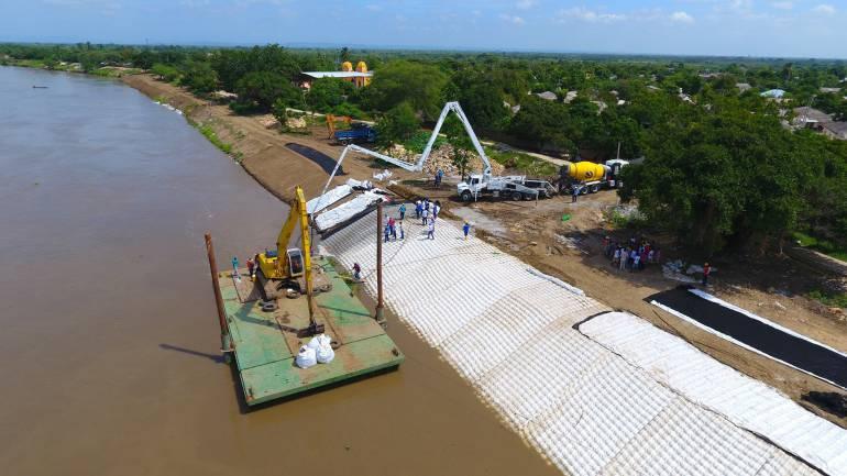 Obras en Canal del Dique.