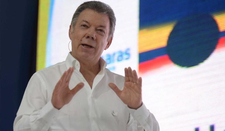 Confiamos en una buena noticia antes de llegada del papa con el ELN: Santos