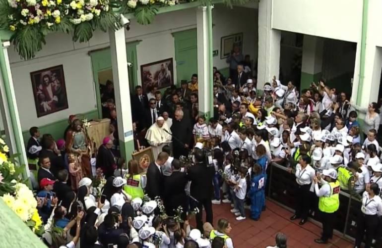 Así recibieron al papa Francisco en el Hogar San José — FOTOS