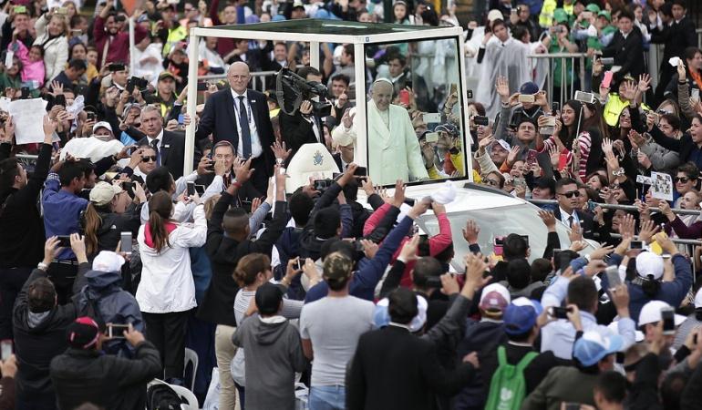 En vivo papa Francisco: Más de 700.000 personas despidieron al papa Francisco en la calle 26 en Bogotá