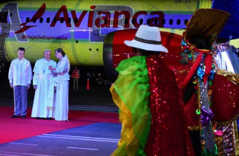 Más de 160 personas interpretaron y bailaron en la despedida al Papa Francisco