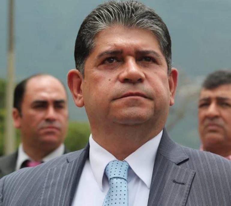 Juez dictó libertad para César Suárez Mira, alcalde de Bello