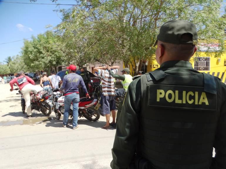 """Más de mil policías en Bolívar son los encargados de la seguridad en """"Amor y Amistad"""": Más de mil policías en Bolívar son los encargados de la seguridad en """"Amor y Amistad"""""""