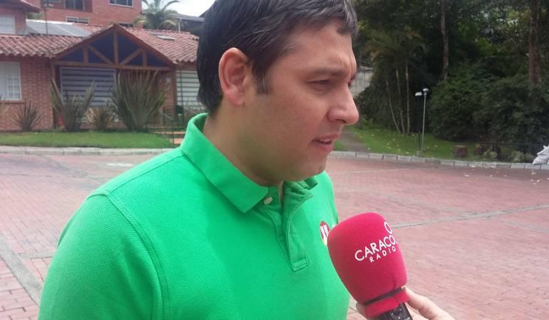 Roy acusa a Lizcano de 'travestismo político' por apoyar a Vargas Lleras