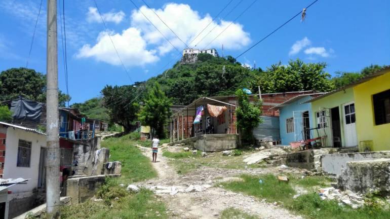 Habitantes de El Cielo en Cartagena piden trabajos para evitar deslizamientos en La Popa: Habitantes de El Cielo en Cartagena piden trabajos para evitar deslizamientos en La Popa