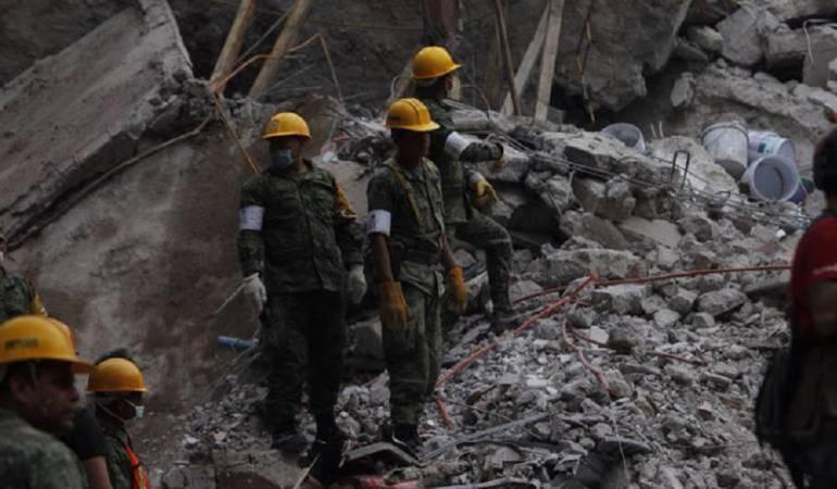 Desde Colombia reclama el cuerpo de sus hijos, tras sismo