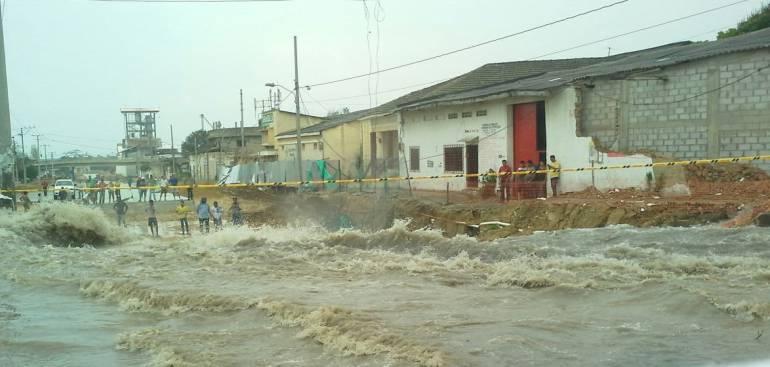 Más de 50 viviendas afectadas en Barranquilla por fuertes lluvias