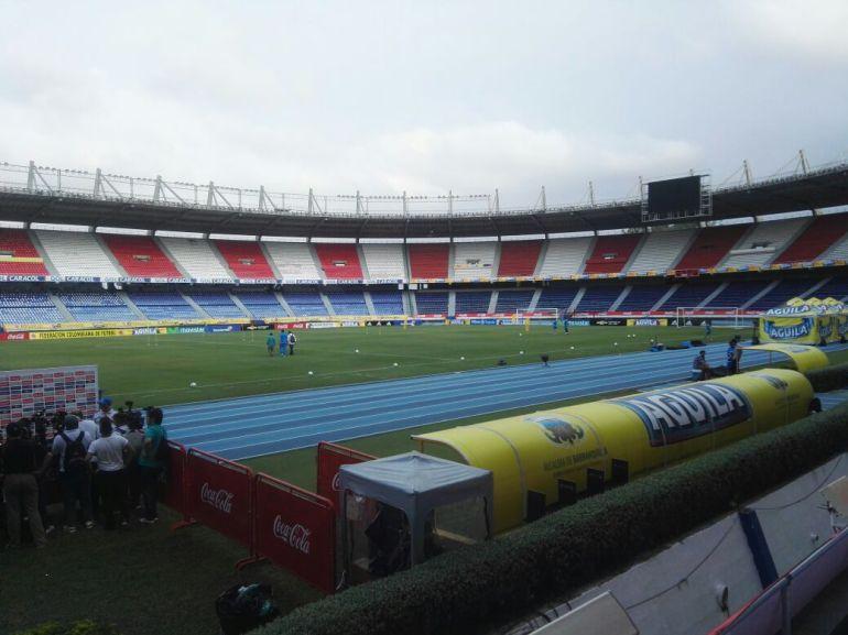 Tarde cívica en Barranquilla para el partido de Colombia-Paraguay: Tarde cívica en Barranquilla por partido de Colombia