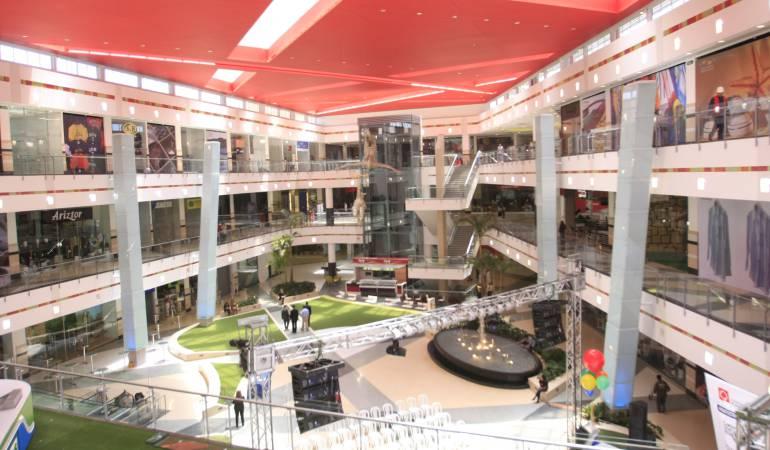 Centro comercial muerte de ni o el menor se lanz desde - La illa centro comercial ...