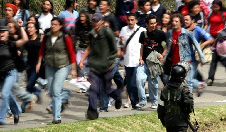 Manifestaciones Bogotá Universidad Distrital: Cerrada la Avenida Circunvalar por manifestaciones de la Universidad Distrital