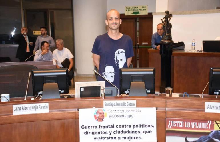 SANTIAGO JARAMILLO CONCEJAL MEDELLIN URIBE CENTRO DEMOCRÁTICO: Concejal uribista Santiago Jaramillo arremete contra expresidente Uribe