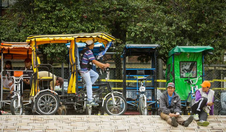 "Peñalosa bicitaxis mototaxis: ""Somos amigos de los bicitaxis no de los mototaxis"": Peñalosa"