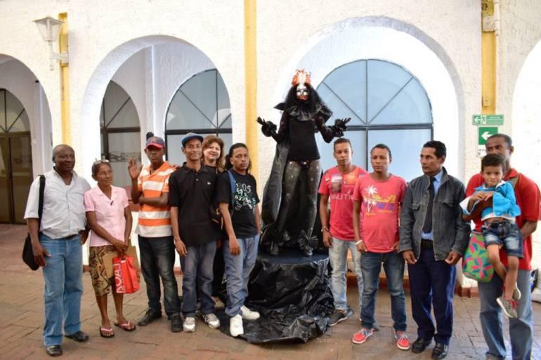 Inician en Cartagena censo con gremio de estatuas humanas: Inician en Cartagena censo con gremio de estatuas humanas